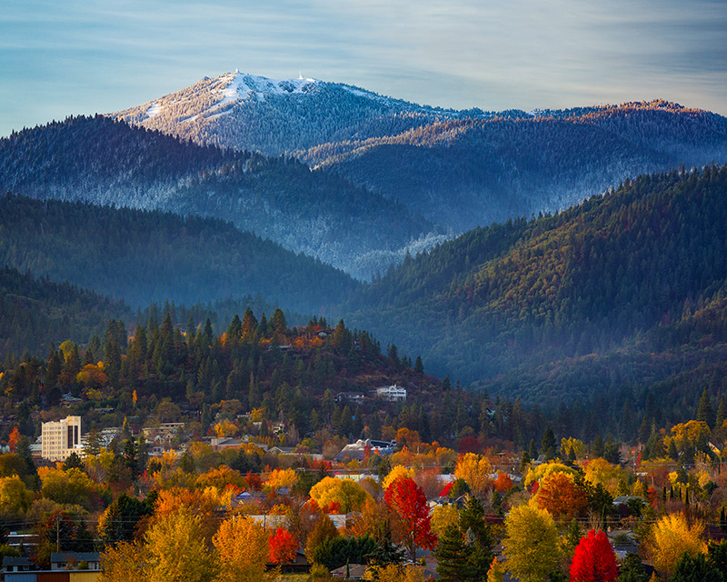 Southern Oregon University Ashland Oregon Snow Mountain Fall